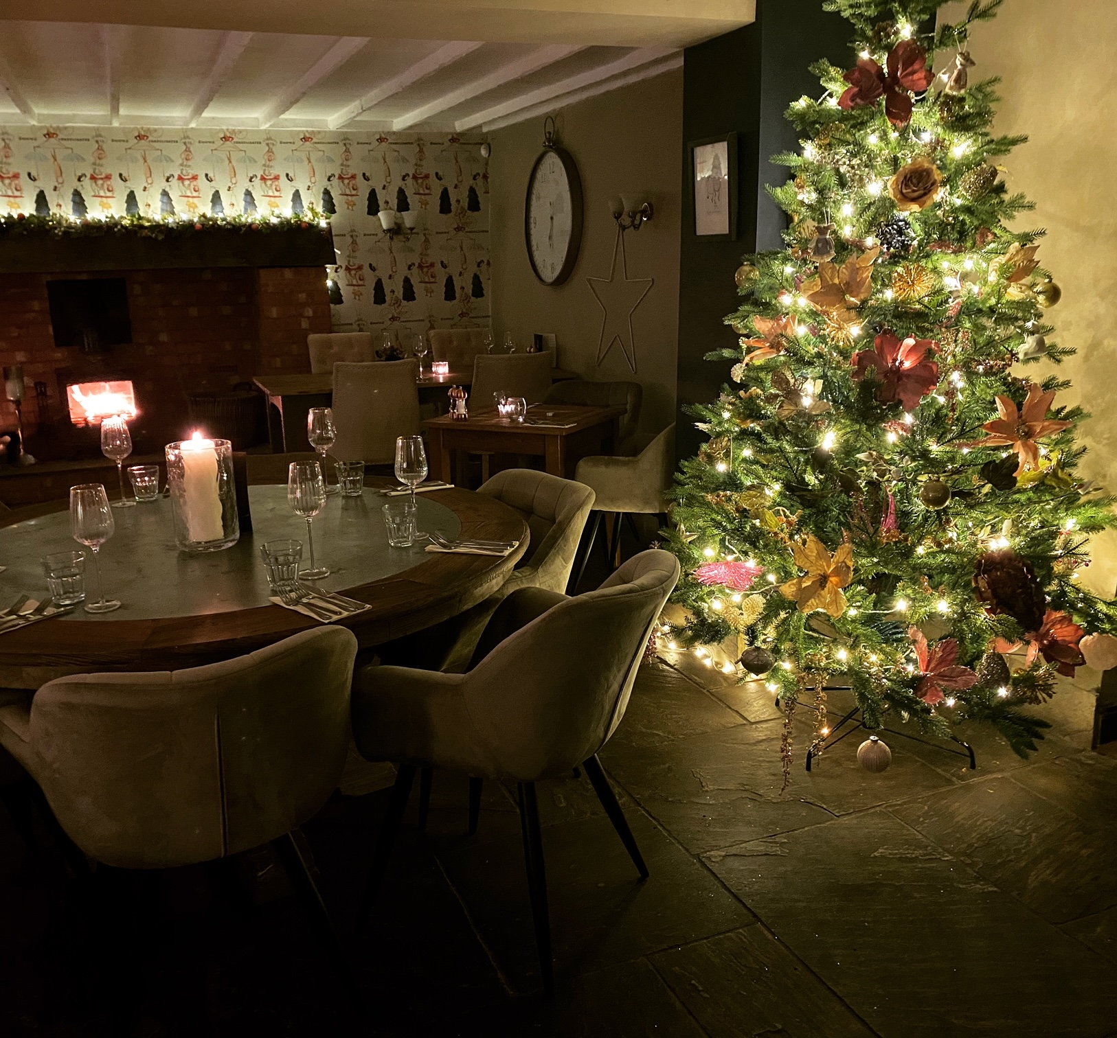 Christmas bookings at the star cotton